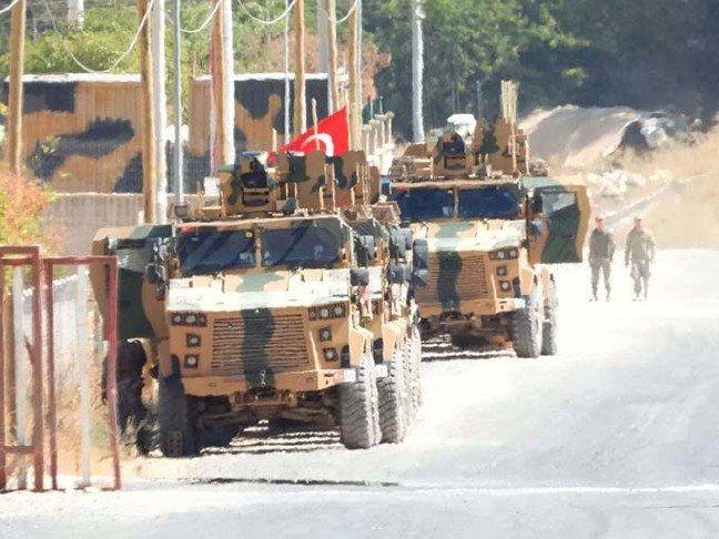 19-09/23/sinirda-askeri-hareketlilik_8292_dhaphoto1.jpg