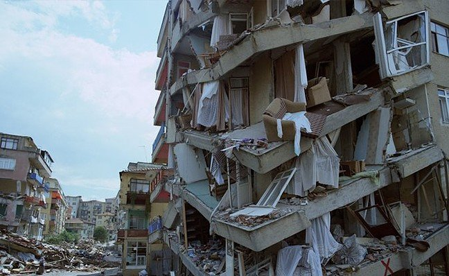 20-02/10/beklenen-istanbul-depremi-icin-tarih-verdi_8712f.jpg
